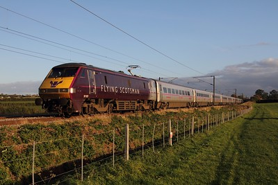 91101 1B86 London Kings Cross to Newark Northgate at Hougham on the 30th October 2013