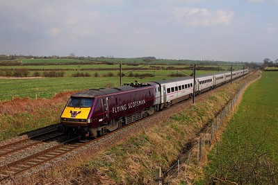 91101 on the 1D18 1435 London Kings Cross to Leeds at Hougham on the 7th April 2015