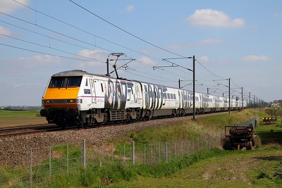 91107 1S19 London Kings Cross to Edinburgh at Claypole on the 5th May 2013