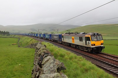 92005 4M48 Mossend to Rugby at Crawford 27th May 2011
