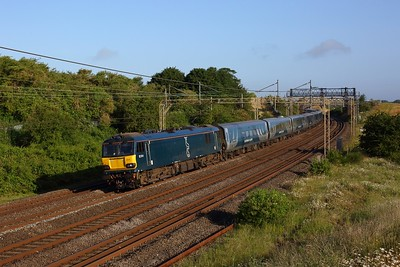 92014 working the 1M16 Inverness to London Euston Caledonian sleeper at Old Linslade on WCML on 22 June 2020  GBRf, Class92