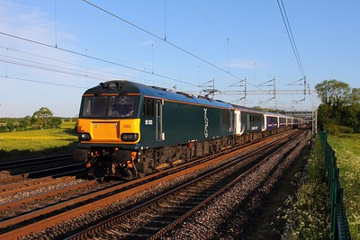 92033 on the 1M16 Inverness to London Euston at Cathiron on the 30th May 2015 hires
