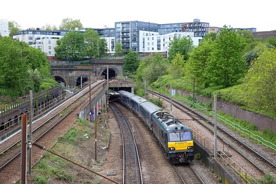 92014 tnt 92018 on the 5E35 0749 London Kings Cross to Wembley Inter City Depot departing Copenhagen tunnels on the 6th May 2019