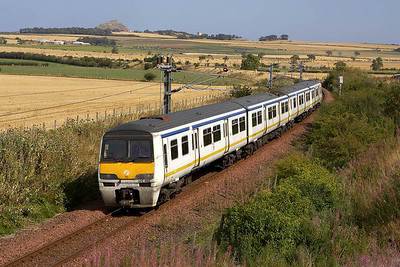 322483 approaches Drem on 30/08/2005 with 2Z27 1251 North Berwick-Prestonpans whilst being used for driver training.