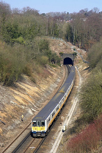 319002+319449 form 1T21 0940 Bedford-Brighton on 23/03/2006 photographed shortly after exiting Quarry Tunnel.