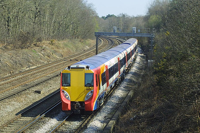 8002 heads south near Pirbright Junction on 04/04/2003.