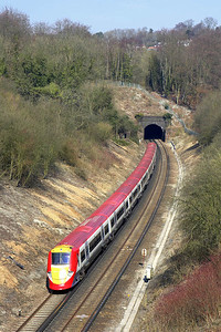 460007 approaches Quarry Tunnel on 23/03/2006 with 1U46 1120 Gatwick Airport-London Victoria.