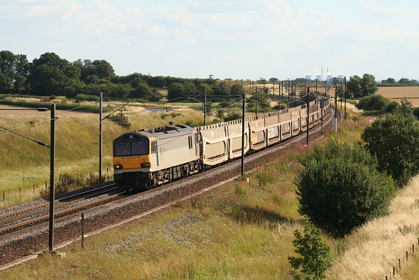 92016 eases towards Colton junction on 6E28 0845 Dollands Moor - Tyne Yard. 02.08.05