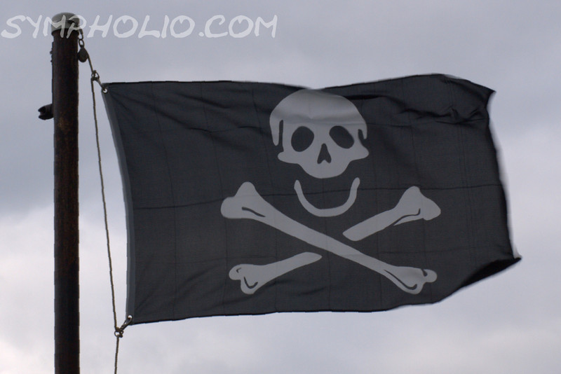 Skull & Cross Bones Flag<br /> <br /> Happy Birthday Chloe