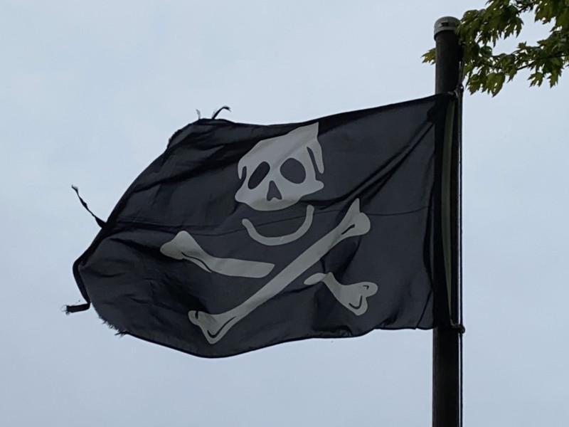 May 23, 1701 — Skull & Crossbones Flag