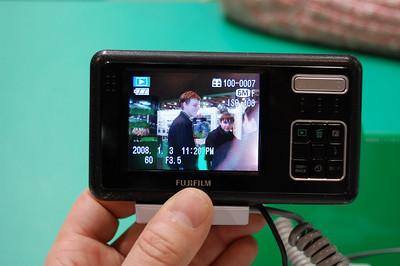 2009-04-12, Fujifilm FinePix Real 3D W1 at Photoforum-2009