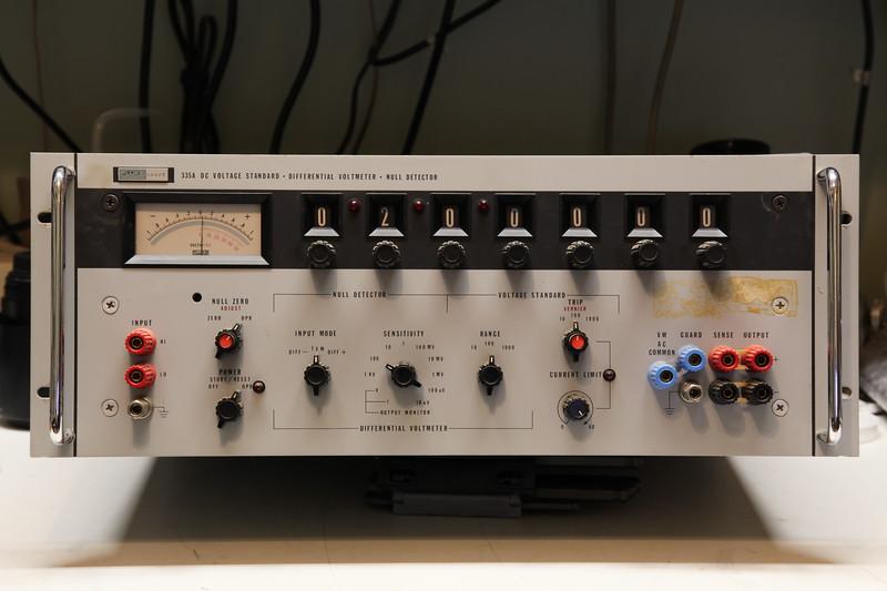 Fluke 335A Front Panel