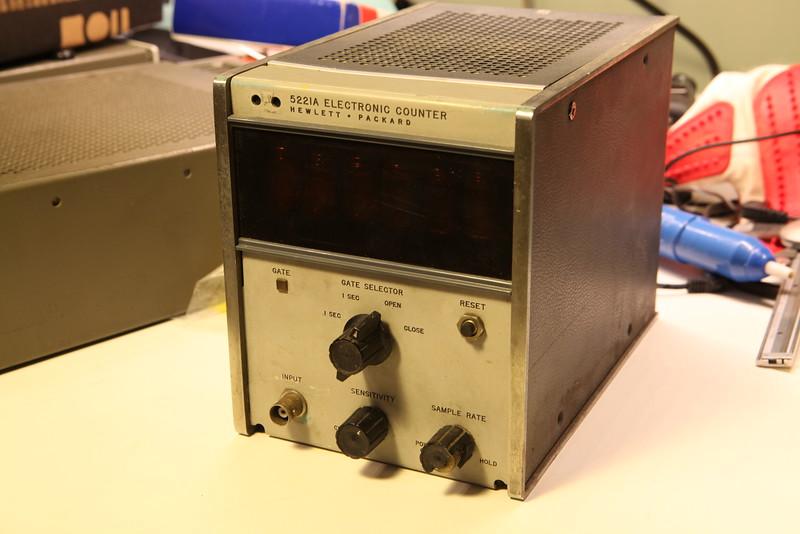 HP 5221A front oblique