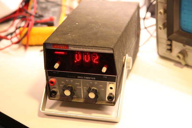 USC 262A Nixie Multimeter