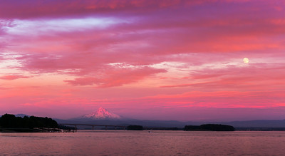 """""""Picture Perfect""""  Portland, OR Technical Details: Shot with Canon 6D and Canon 24-105L lens at F16 and 1/60 seconds."""
