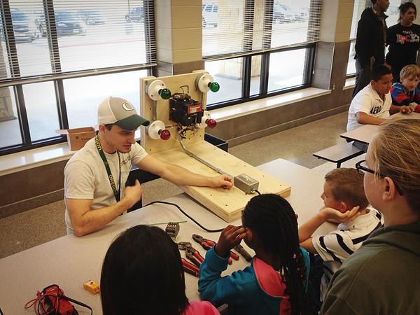Tarver-Rendon Elementary 2014 Career Day