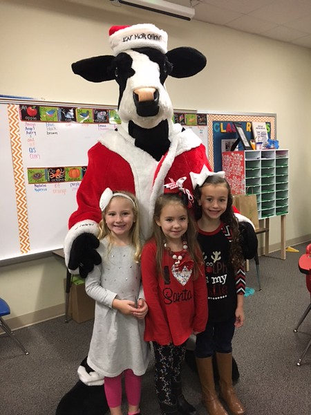 Chick-Fil-A Mascot Visits Bowie, December 15, 2016