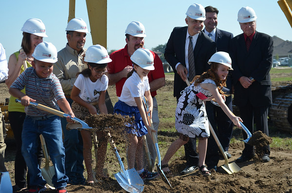 Groundbreaking Ceremony for New Elementary – September 25, 2013
