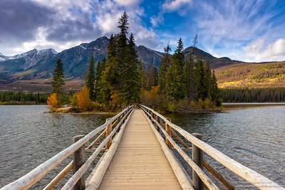 Lago piramide / Pyramid lake