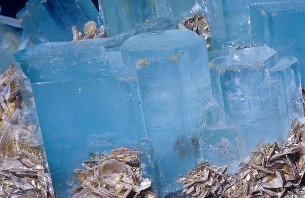 Mineral Macro No.  42-23930071