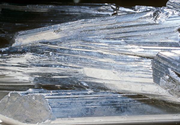 Mineral Macro No.  42-25130902
