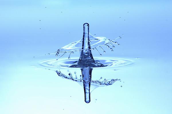 BT_Water Drop Nr. Wassertropfen No. 42-41664339