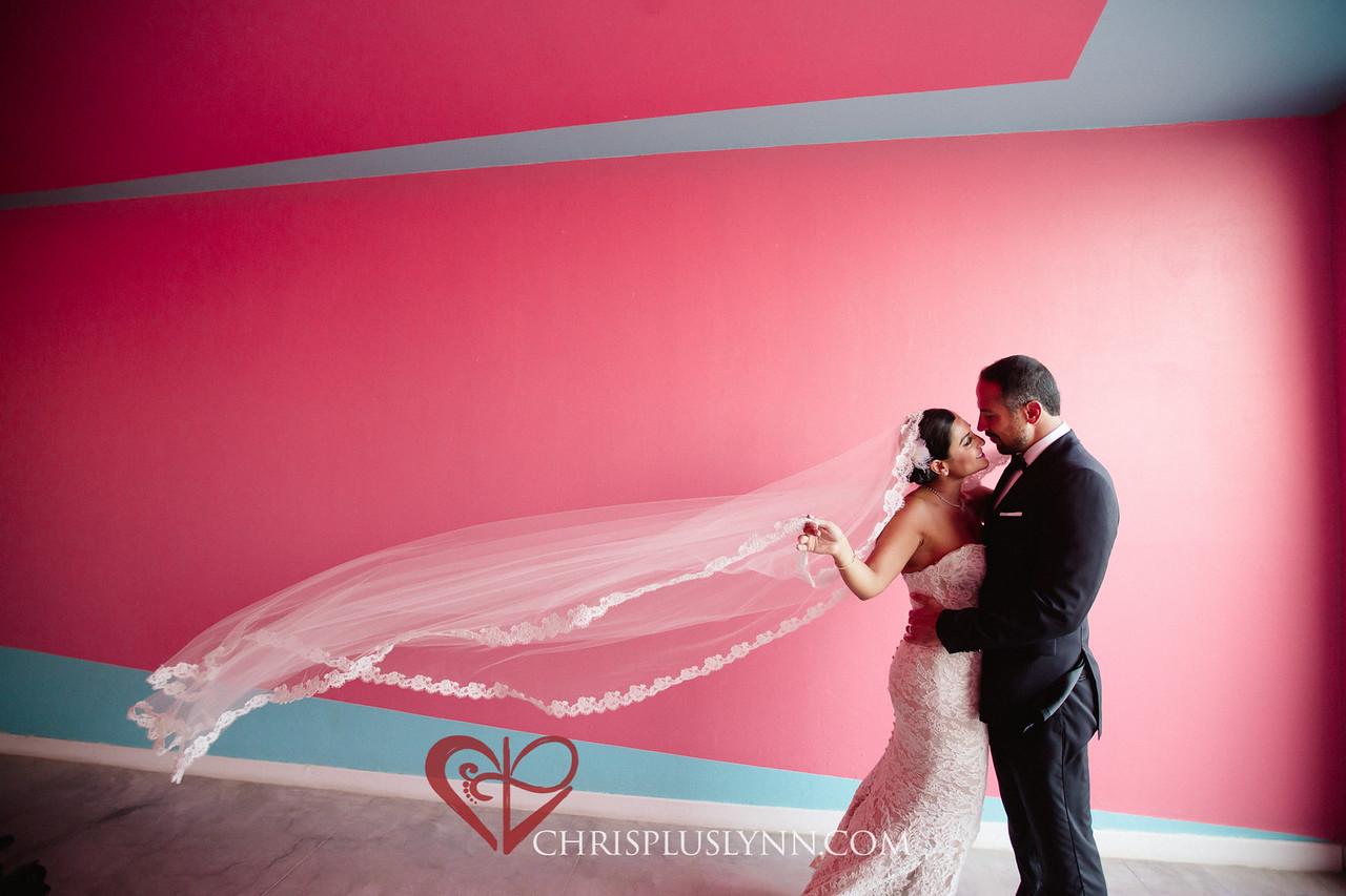 CHRIS+LYNN Destination Wedding Photographers