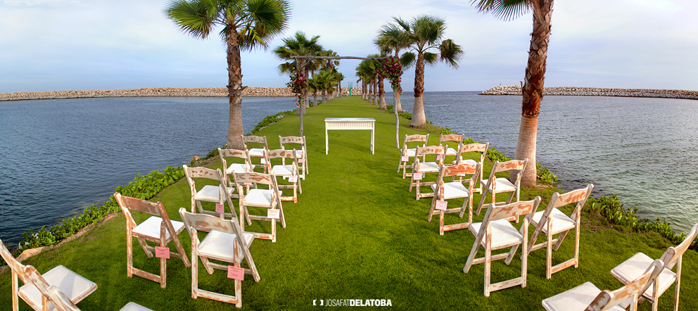 Beach Club Ceremony