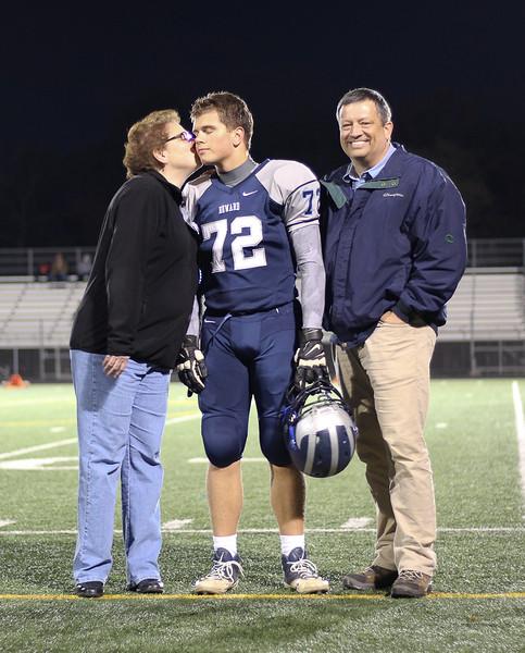 Elgard Bowl 2015 72 mom kiss