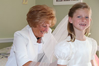 Elizabeth's First Holy Communion May 3, 2014 015