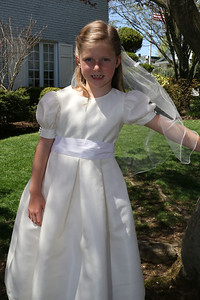 Elizabeth's First Holy Communion May 3, 2014 060