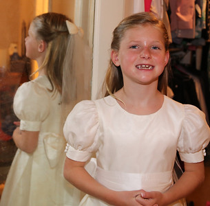 Elizabeth's First Holy Communion May 3, 2014 029