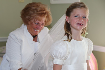 Elizabeth's First Holy Communion May 3, 2014 016