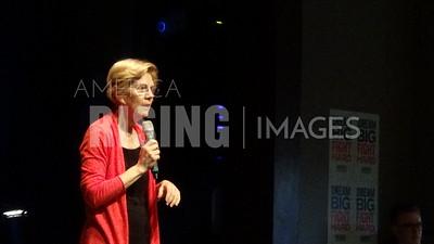 Elizabeth Warren attends fundraiser in Cedar Rapids, IA