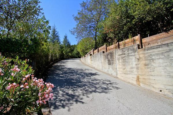 835 La Honda Rd, Woodside Hills