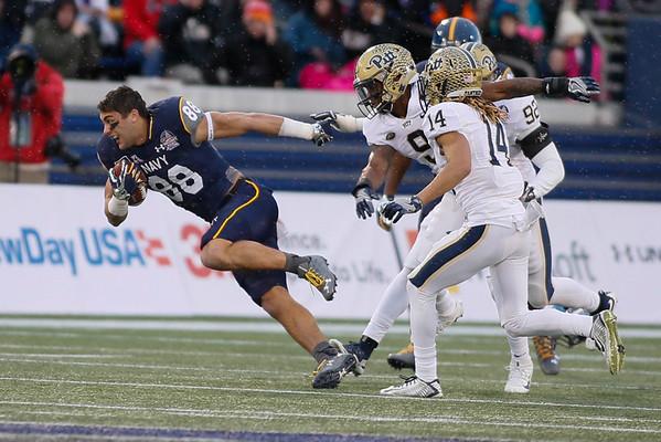 NCAA FOOTBALL: DEC 28 Pitt v Navy