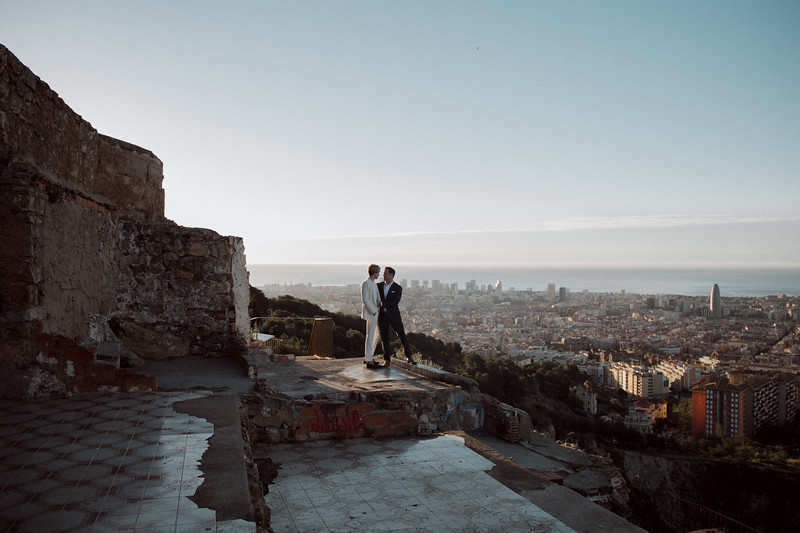 Same-sex elopement   Barcelona, Spain