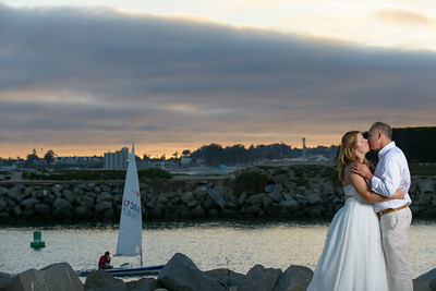 7856_d800b_Larry_and_Heidi_Twin_Lakes_Beach_Santa_Cruz_Wedding_Photography