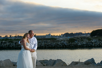 7823_d800b_Larry_and_Heidi_Twin_Lakes_Beach_Santa_Cruz_Wedding_Photography
