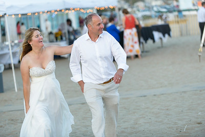 7811_d800b_Larry_and_Heidi_Twin_Lakes_Beach_Santa_Cruz_Wedding_Photography