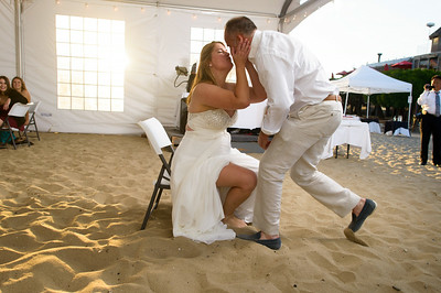 7827_d800a_Larry_and_Heidi_Twin_Lakes_Beach_Santa_Cruz_Wedding_Photography