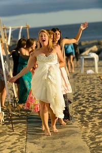 7768_d800b_Larry_and_Heidi_Twin_Lakes_Beach_Santa_Cruz_Wedding_Photography