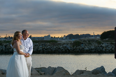 7820_d800b_Larry_and_Heidi_Twin_Lakes_Beach_Santa_Cruz_Wedding_Photography