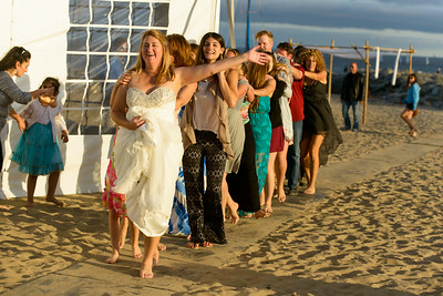 7771_d800b_Larry_and_Heidi_Twin_Lakes_Beach_Santa_Cruz_Wedding_Photography
