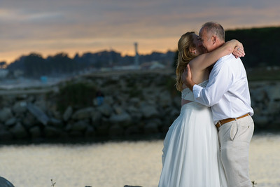 7849_d800b_Larry_and_Heidi_Twin_Lakes_Beach_Santa_Cruz_Wedding_Photography