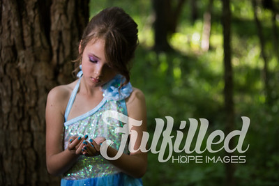 Bella Elsa Stylized Session (10)