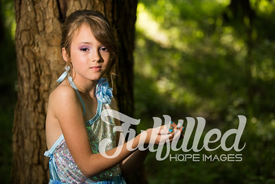 Bella Elsa Stylized Session (25)