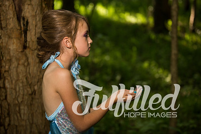 Bella Elsa Stylized Session (23)