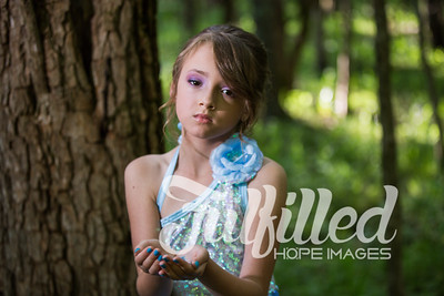 Bella Elsa Stylized Session (11)