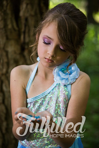 Bella Elsa Stylized Session (7)